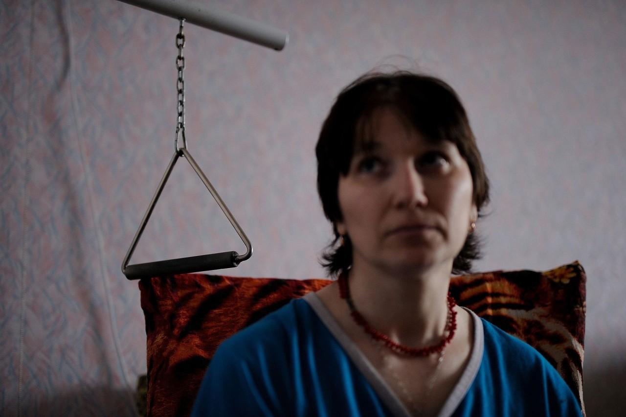 Смотреть онлайн бесплатно зрелую женщину пускают ро кругу 4 фотография