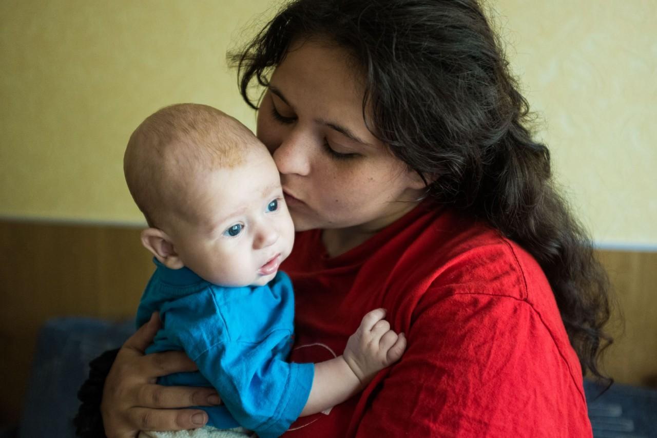 Сын скучает о груди матери 29 фотография