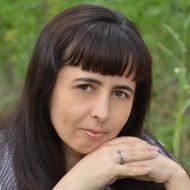 Анна Межова