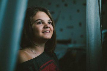 Один день Джаннеты Базаровой, девочки с V типом несовершенного остеогенеза. Джаннете 14 лет.