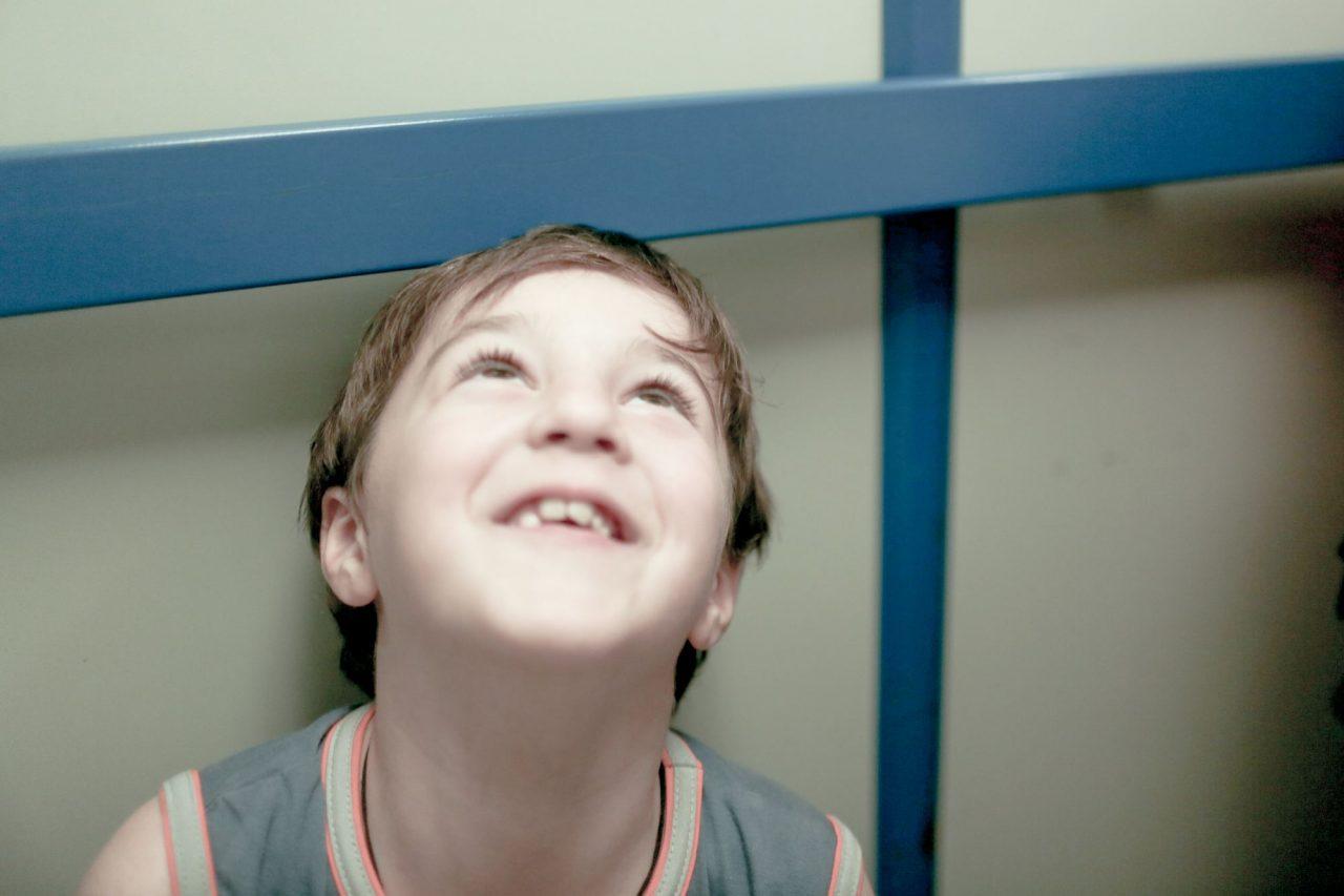 Видео секс мальчик первый раз ничего низнаю бабушку для мальчик дро фото 459-538