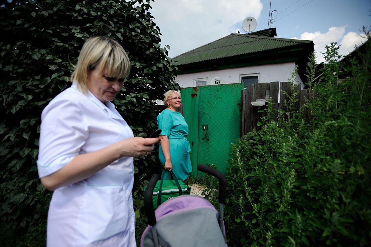 Русские лесби в первый раз между мамой и дочкой 19 фотография