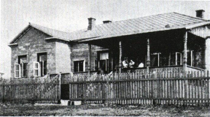 заводской дом