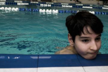 Шахман Гусейнов в бассейне. 3 апреля