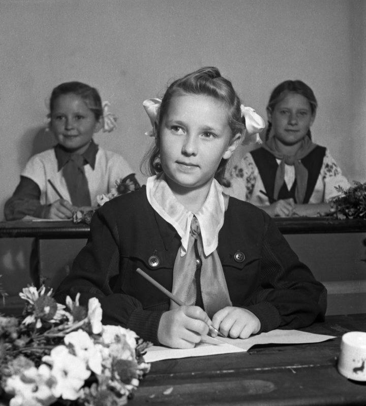 Картинки советской школьницы