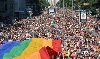 «ЛГБТ-прайды — необходимая России духовная скрепа»